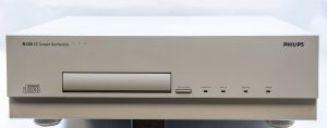 A now-vintage Philips CDD 521 compact disc recorder/player. Courtesy of WIkimedia Commons/Hannes Grobe.