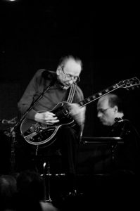 Les Paul, 2008. Courtesy of Wikimedia Commons/Thomas Faivre-Duboz.