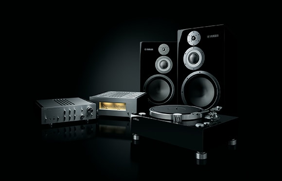 GT-5000 turntable and 5000 Series components.